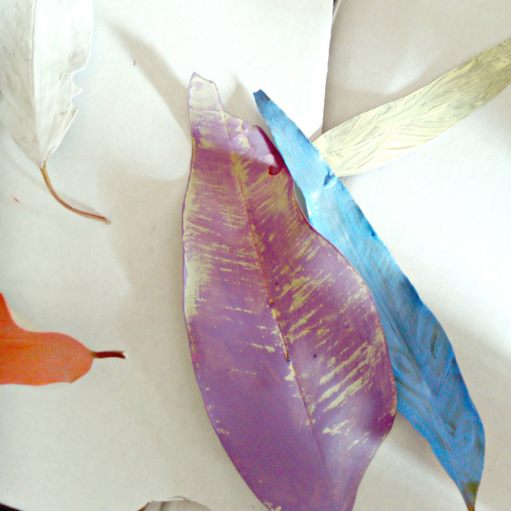 Easter Basket Craft: Easter Basket Painted Leaves