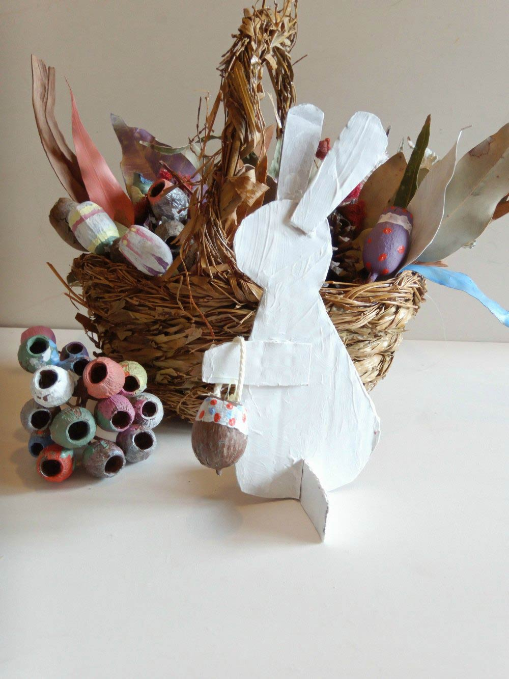 Easter Basket Table Decoration: Craft