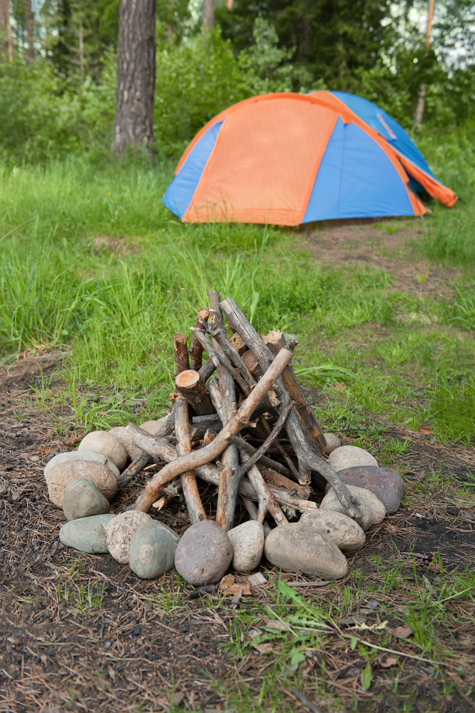 Want to take the kids camping but worried about staying safe in the bush? Read on for our best camping safety tips to ensure your trip is a success.